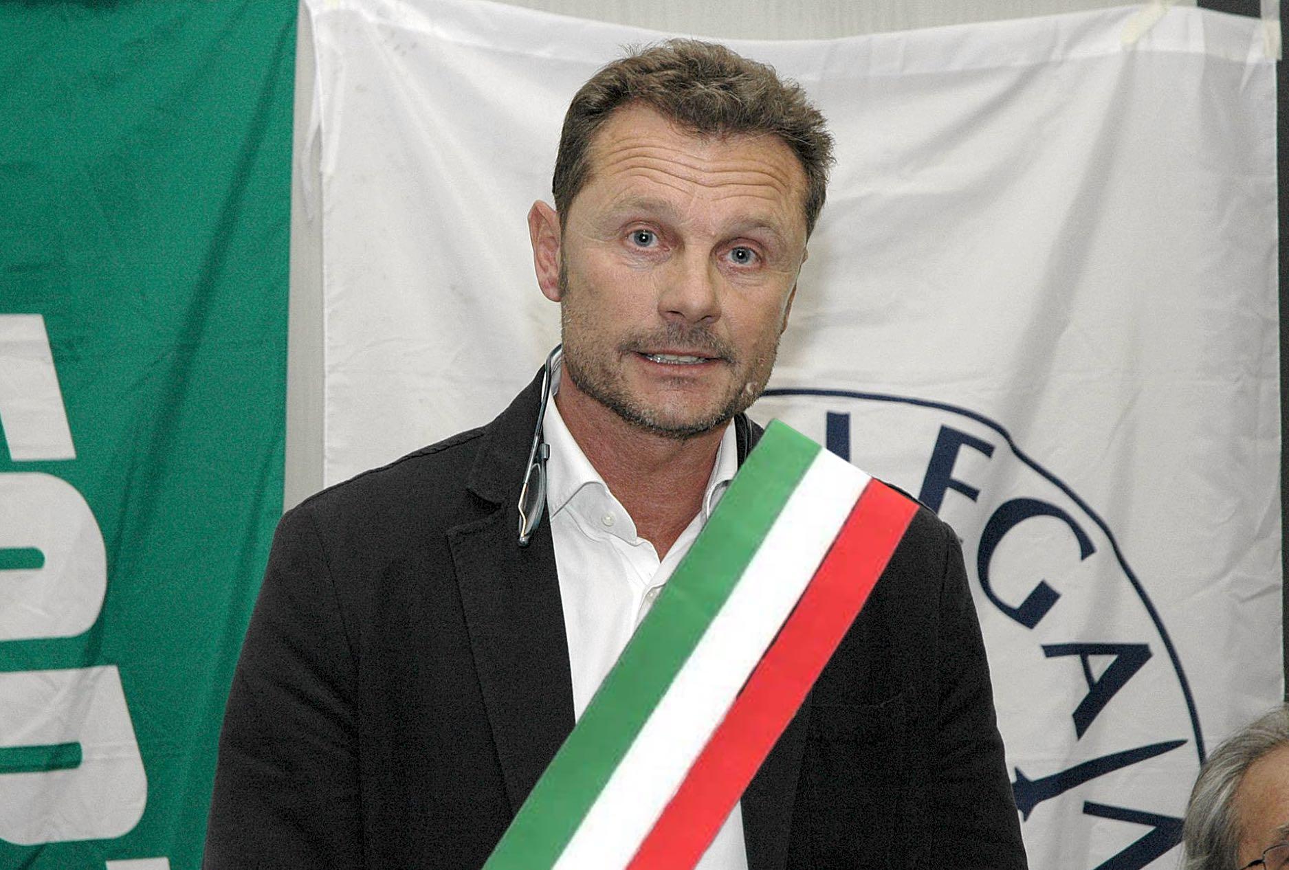 Bertoli gioca a fare il sindaco di Novi. Ma fino a quando durerà questo teatrino?