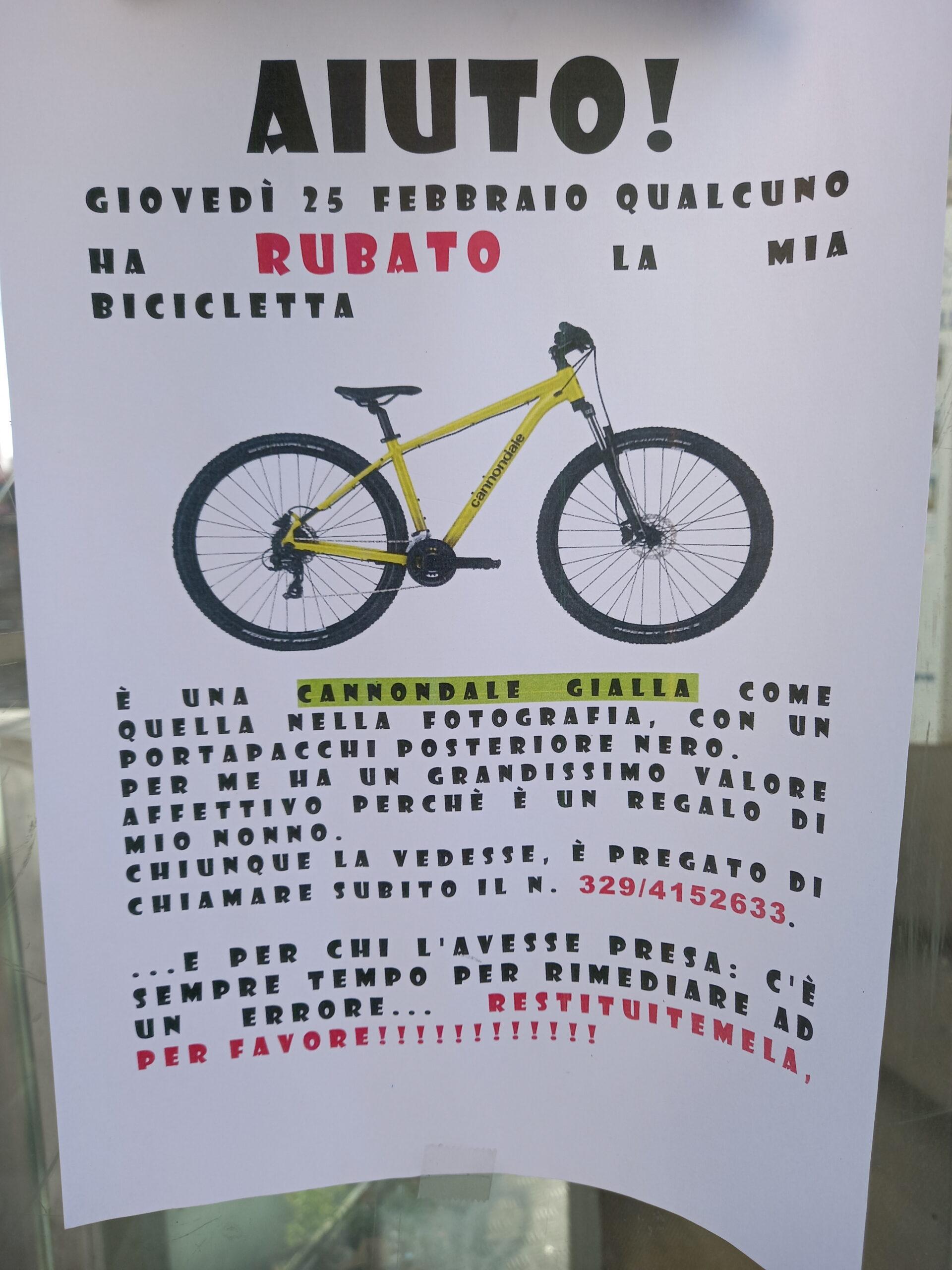 AAA cercasi bici gialla