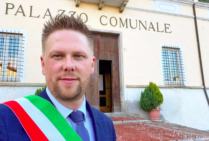 Arquata, Basso si scusa e  fa marcia indietro: incontrerò Cirio in forma privata