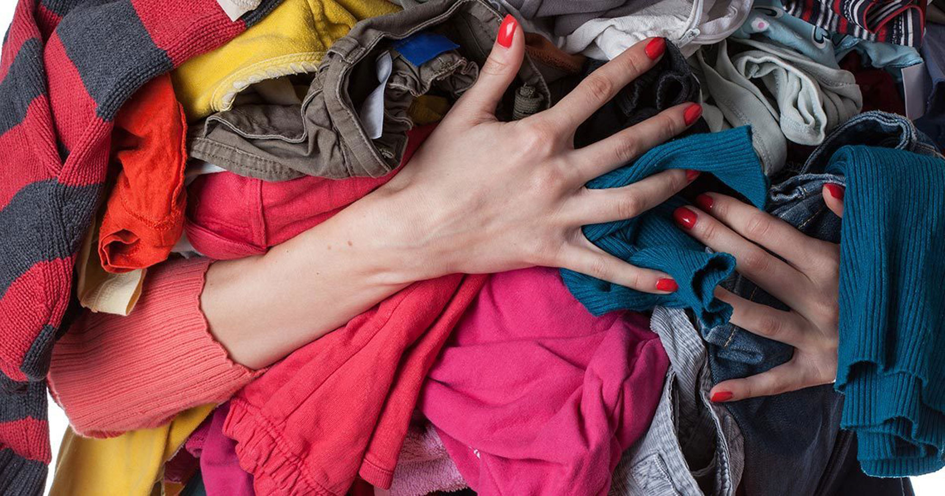 Svolta Green per l'Outlet, 10% di sconto a chi porta gli abiti usati